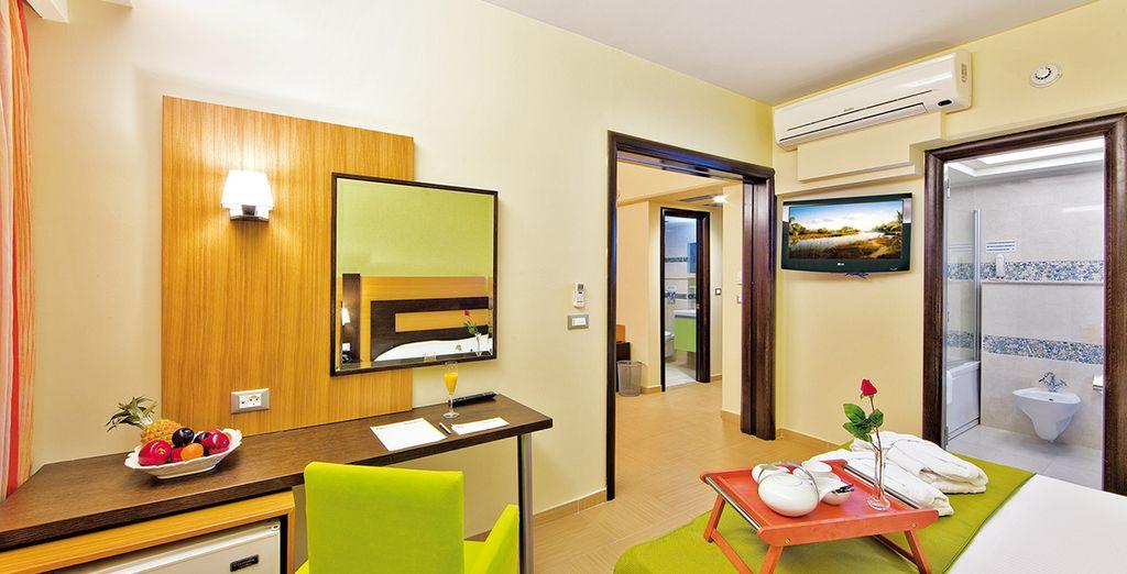 Posez vos valises dans votre chambre à la décoration contemporaine