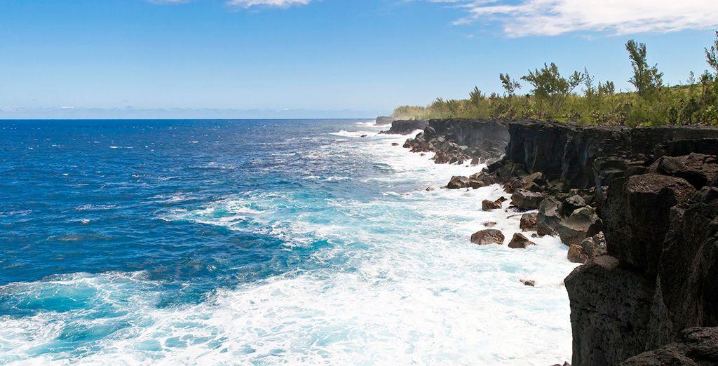 Découvrez la vue du Cap Méchant sur l'île de la Réunion