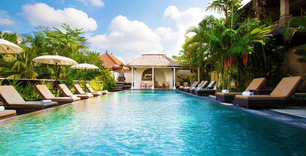 Hôtel haut de gamme en Indonésie avec piscine et espace détente