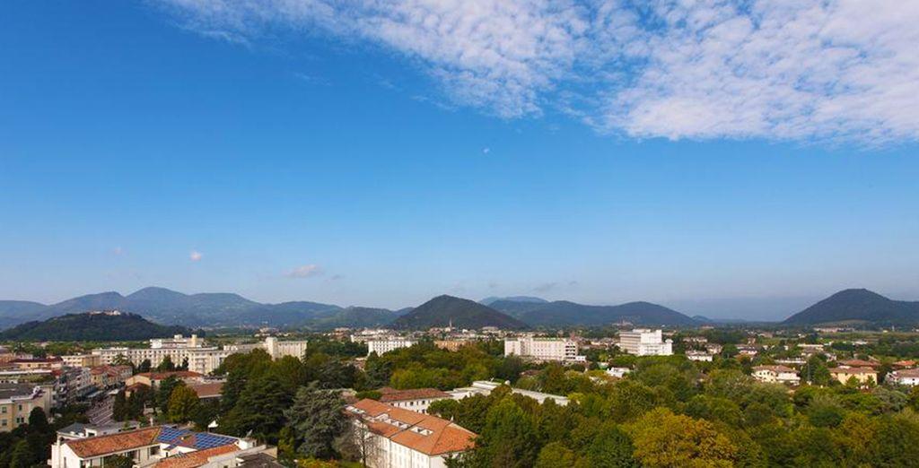 L'environnement de l'hôtel, au pied des monts Euganéens, est très privilégié.