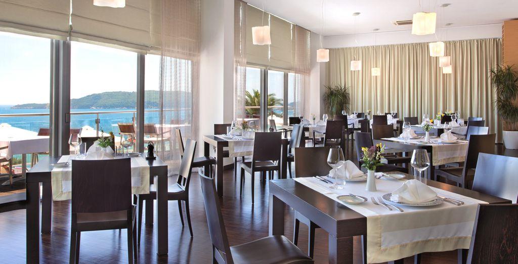 Profitez des restaurants de l'hôtel