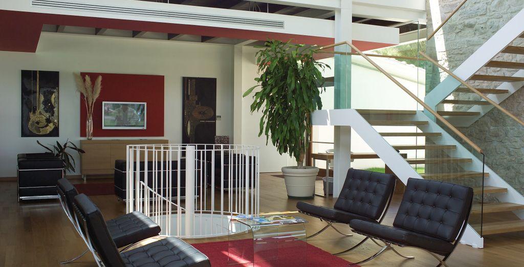Con interni moderni ed eleganti