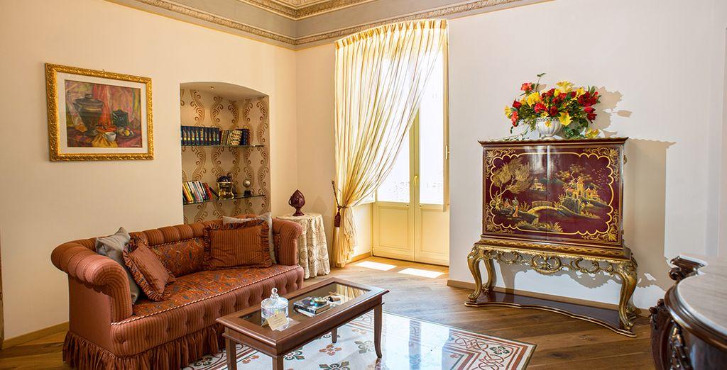 Benvenuti a Palazzo Scotto, dimora ottocentesca dai tratti eleganti e raffinati, situato nel cuore di Alberobello