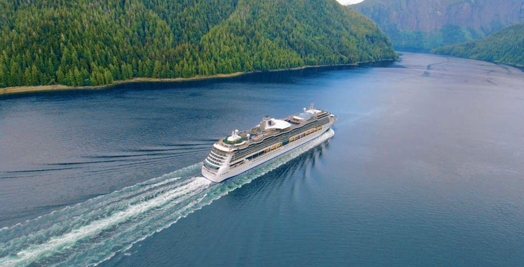 Navigherete a bordo della splendida Serenade of the Seas firmata Royal Caribbean