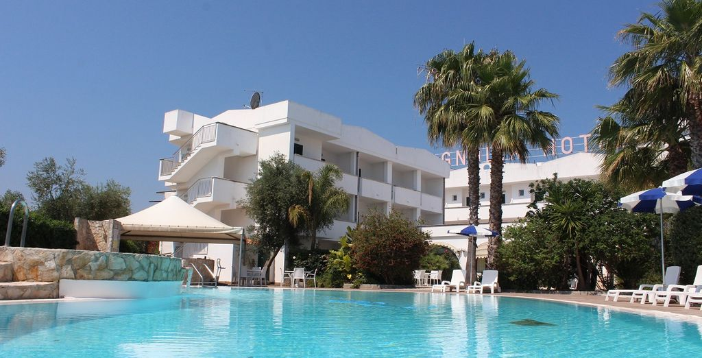 Hotel Magnolia Vieste 4*