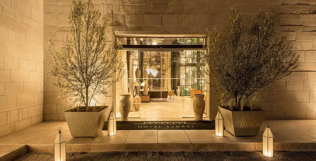 vi accoglie l'Hotel Sahrai, elegante 5*