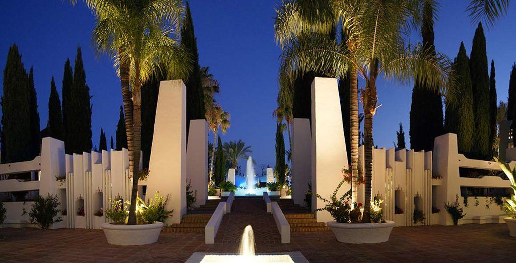 vi accoglie l'Hotel Albayzin del Mar