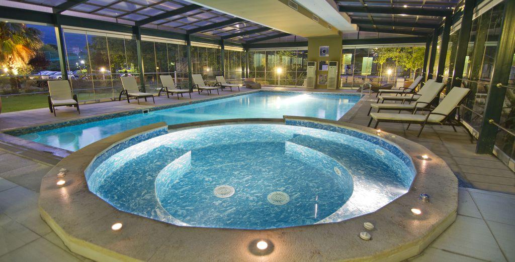 e la piscina coperta per godere di momenti di relax