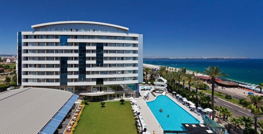 Godetevi la vostra vacanza a Antalya!