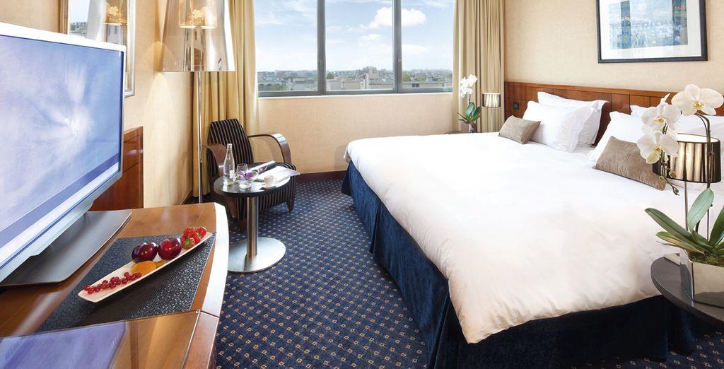 L'hotel dispone di ben 242 camere, da quelle standard...