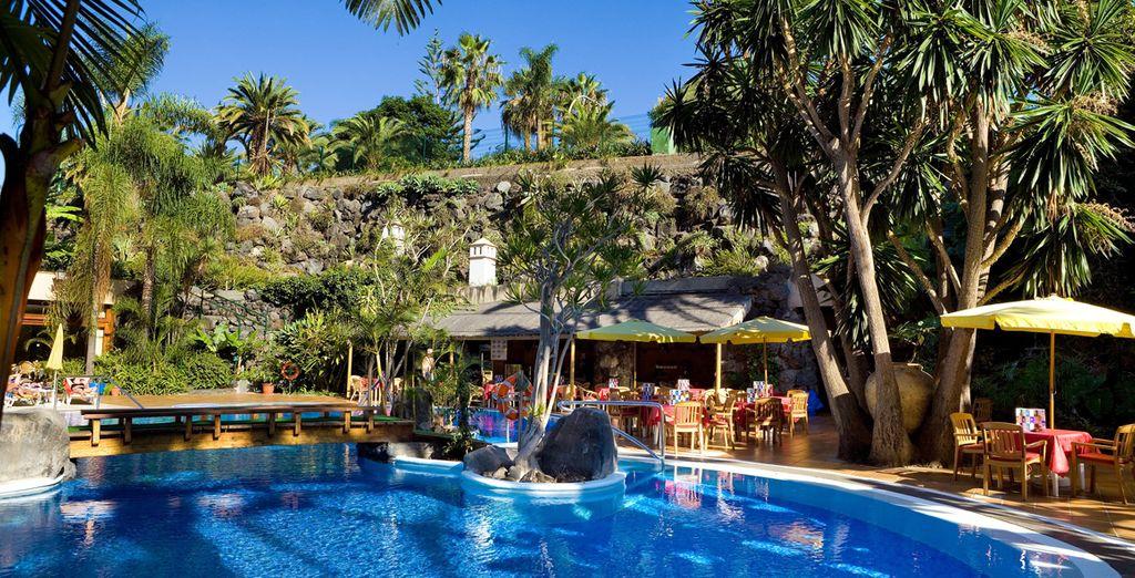 Rilassatevi nelle piscine dell'hotel