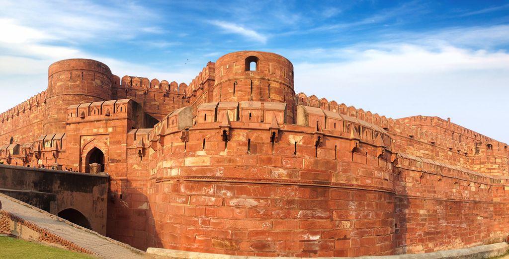 Scoprirete le architetture affascinanti del Forte Rosso di Agra