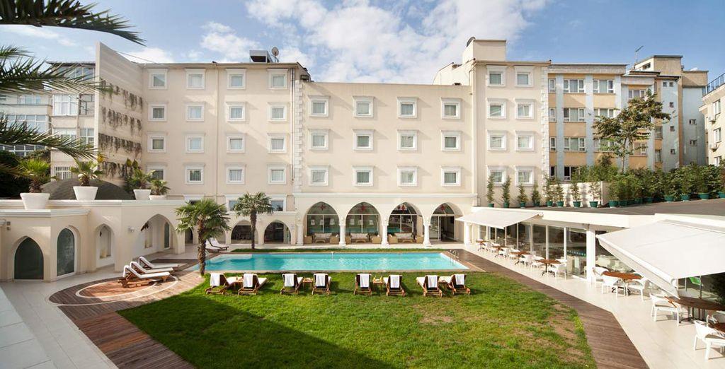 Holiday Inn City 5*