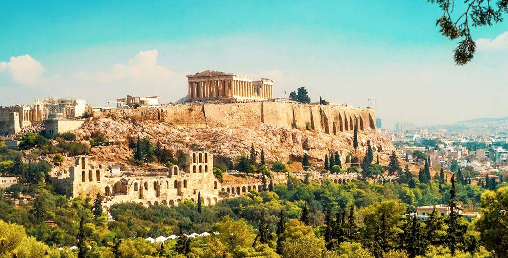 Fotografia dei monumenti storici della città di Atene in Grecia e del Pantheon