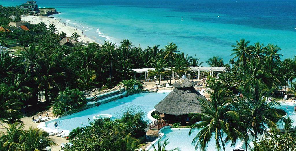 Il resort immerso in un contesto tropicale da sogno