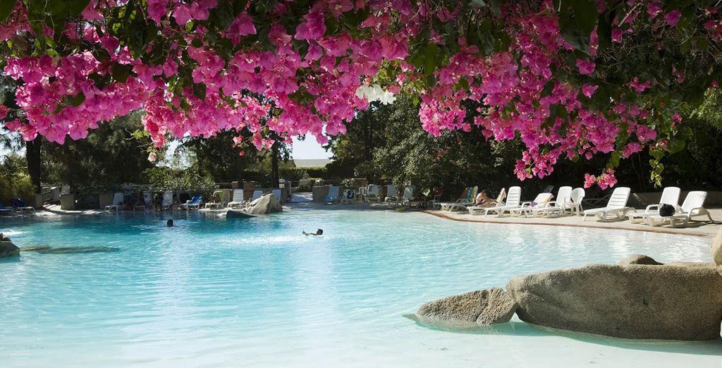 Rilassatevi in una delle splendide piscine