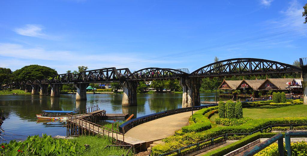Supererete la celebre Death Railway da dove ammirerete dal ponte il fiume Kwai