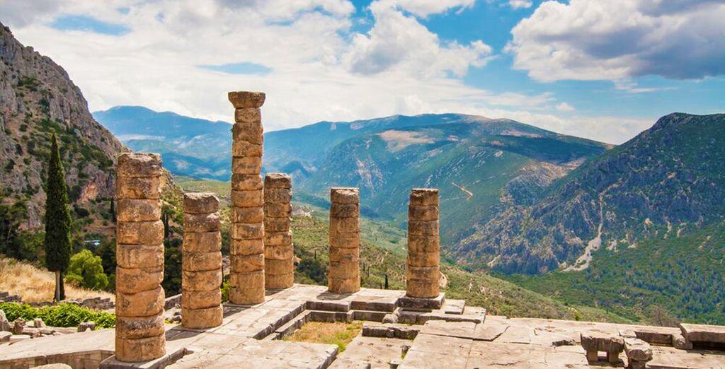 Storica città dell'antica Grecia, che si estende sulle pendici del monte Parnaso