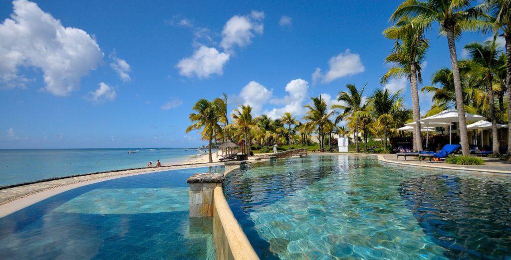 La piscina attrezzata dove trascorrere momenti di puro relax