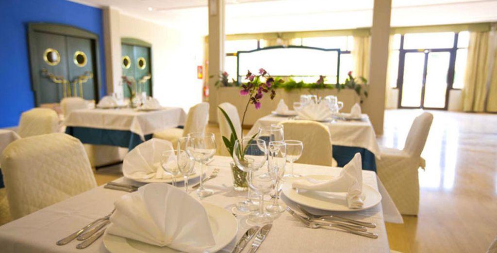 Il ristorante vi attende con la sua atmosfera accogliente