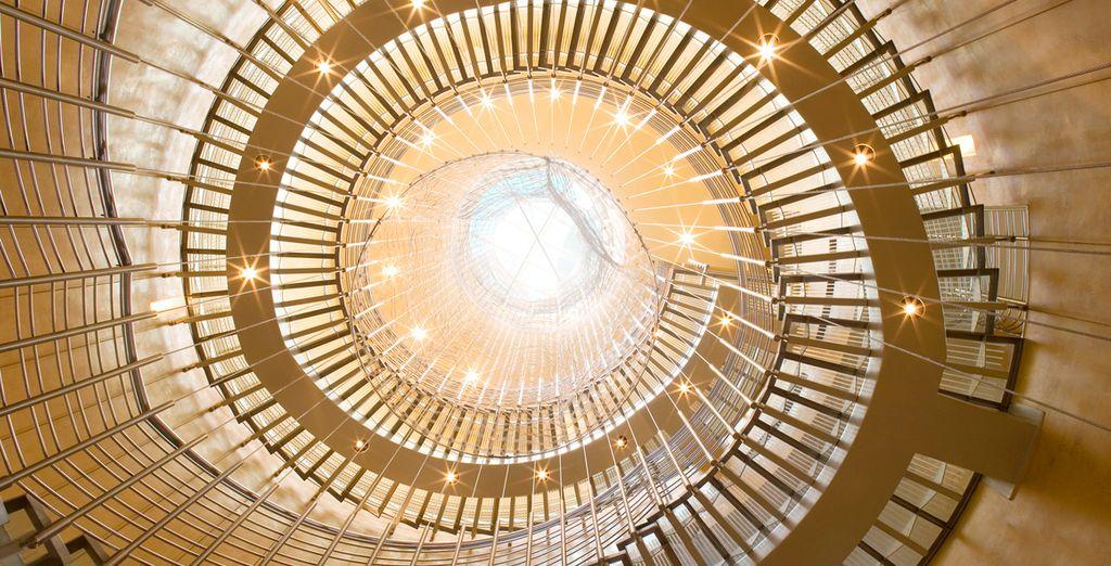 Benvenuti nel vostro hotel 5* dall'architettura ultramoderna