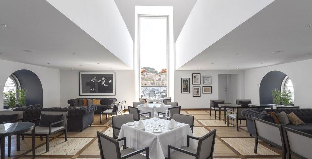 Il ristorante vi delizierà con piatti tipici portoghesi e cucina internazionale