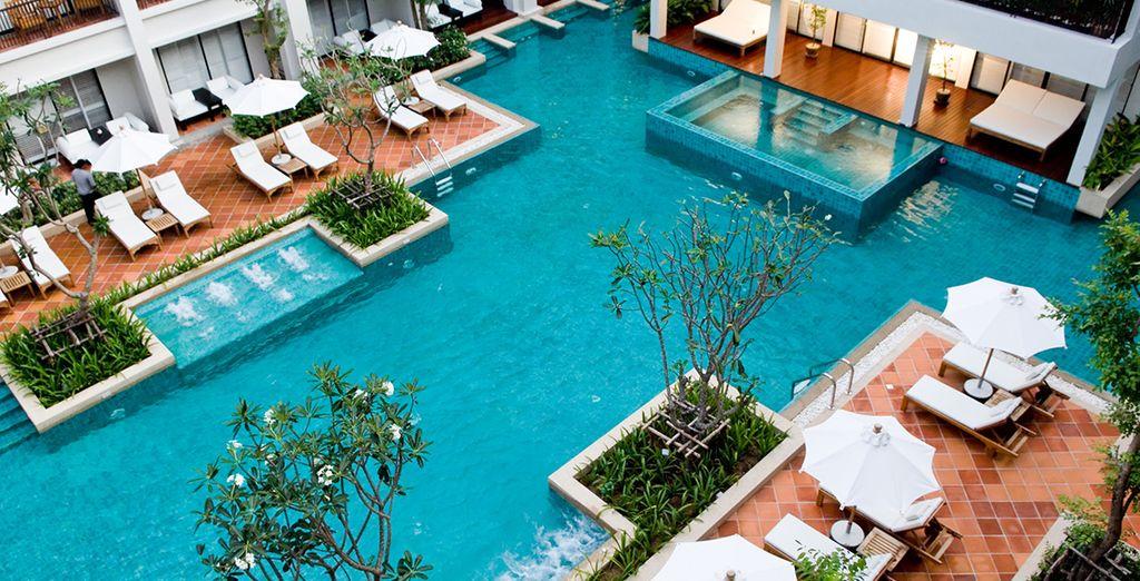 Amara Bangkok Hotel 5* & Dream Phuket Hotel 5*