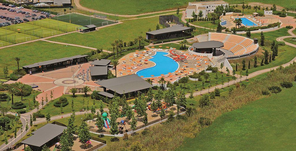 Un resort situato nella costa Ionica e immerso nel verde
