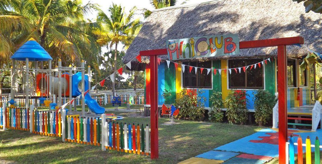 Per gli ospiti più piccoli, un miniclub per bambini e ragazzi