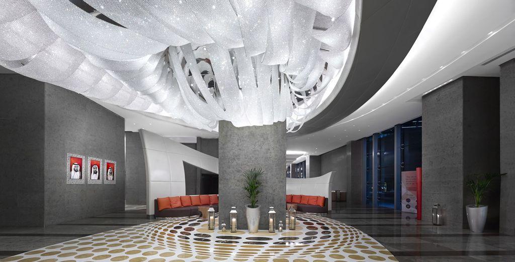 Gli spazi dell'hotel sono una vera opera d'arte contemporanea