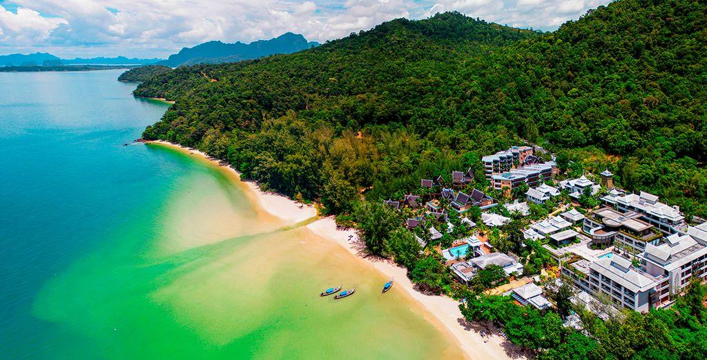 Nello splendido Anyavee Tubkaek Beach Resort 4*