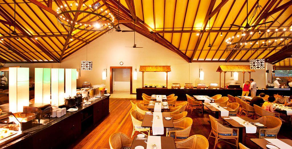 Ogni giorno potrete gustare piatti sontuosi nei ristoranti dell'hotel
