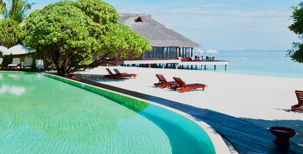 Rilassatevi al sole e godetevi i luoghi seducenti di questa incantevole isola