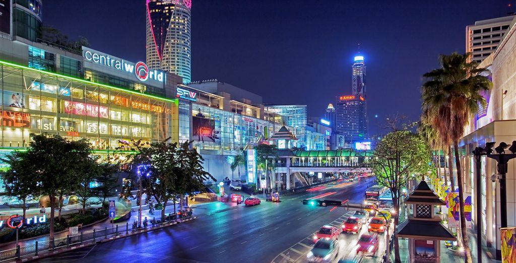 Dalla moderna e cosmopolita Bangkok