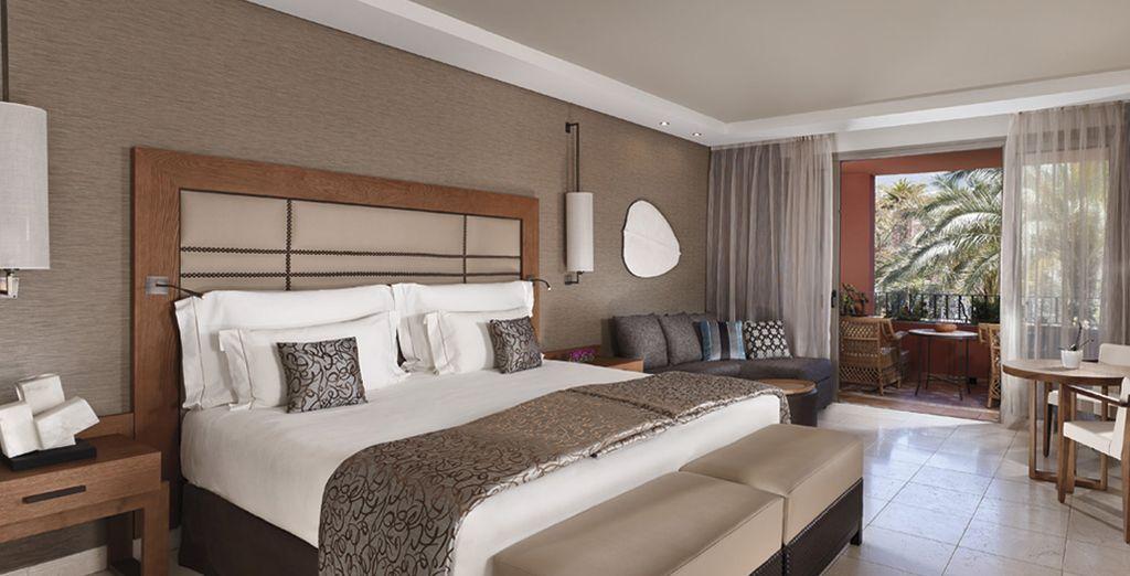 A vostra disposizione confortevoli e accoglienti camere Deluxe o Deluxe Vista Mare