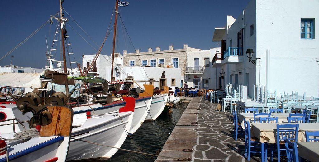 Il porto di Naoussa è un vero gioiello del Mediterraneo