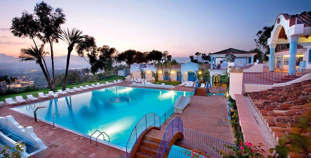 Soggiornerete al Monte Turri Luxury Retreat 4*, dove tutto è pensato per il vostro relax