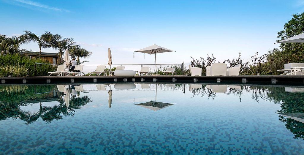Nelle giornate di bel tempo potrete rilassarvi in piscina