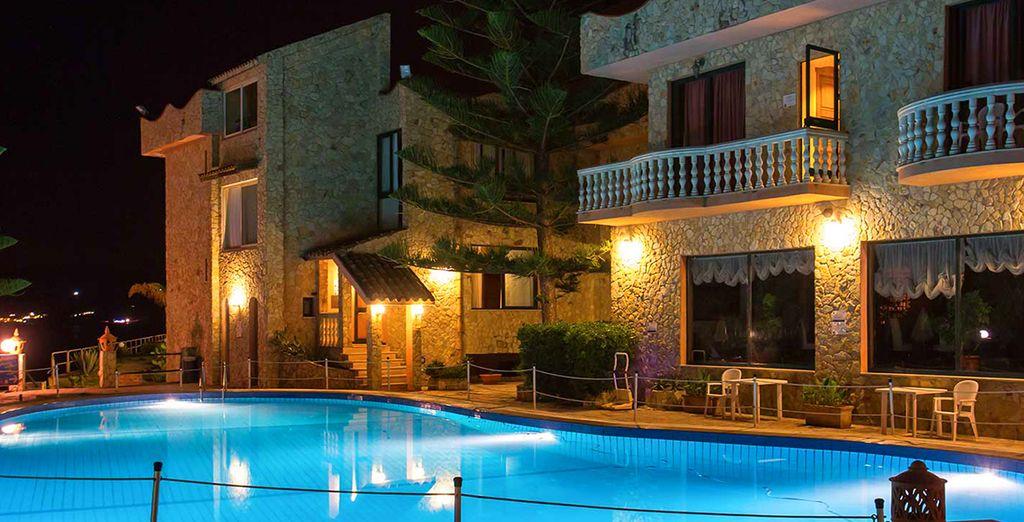 L'Hotel La Playa Blanca 4* è pronto ad accogliervi