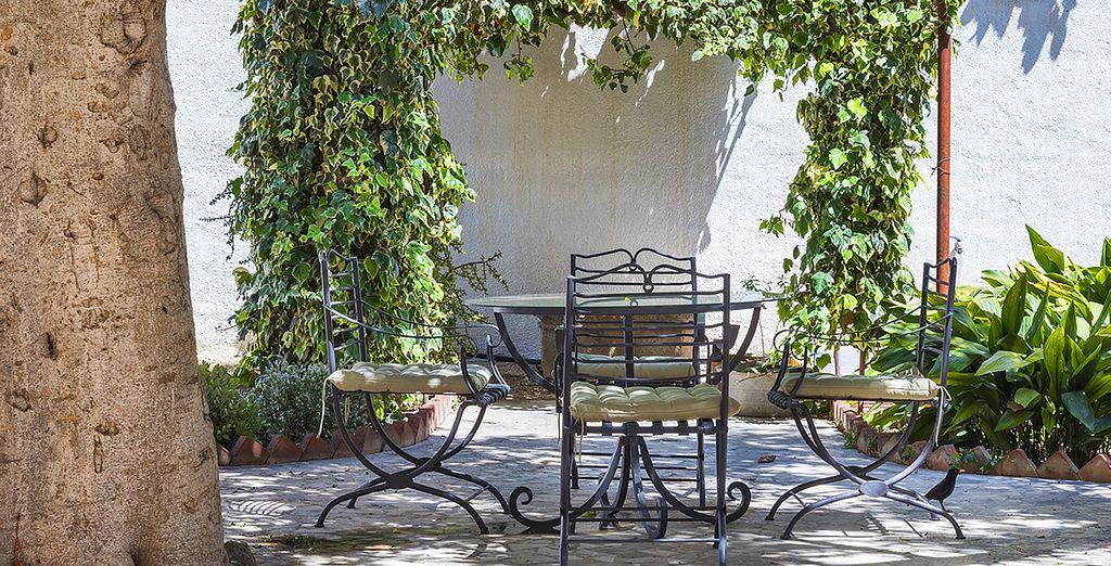 Potrete rilassarvi in giardino