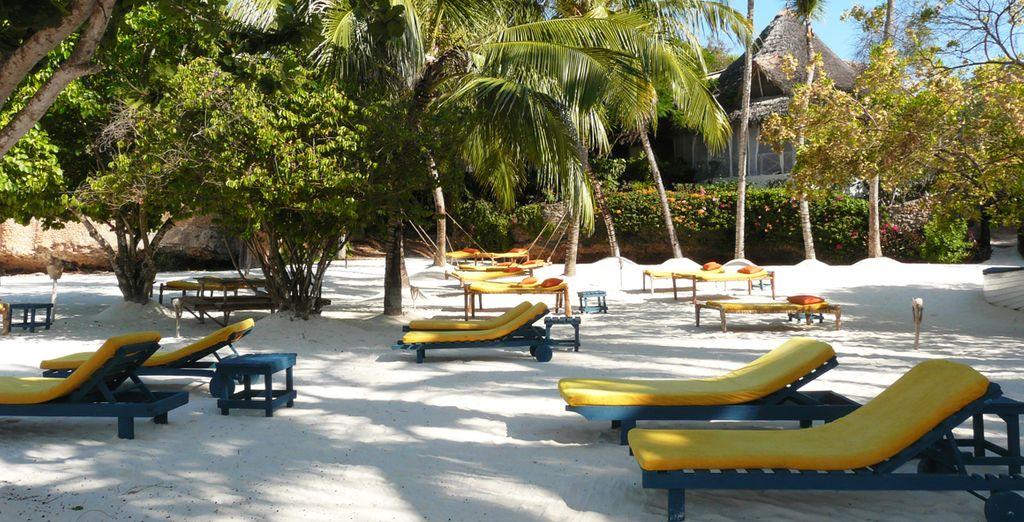 Vi attendono giornate all'insegna del relax presso la spiaggia di sabbia fine