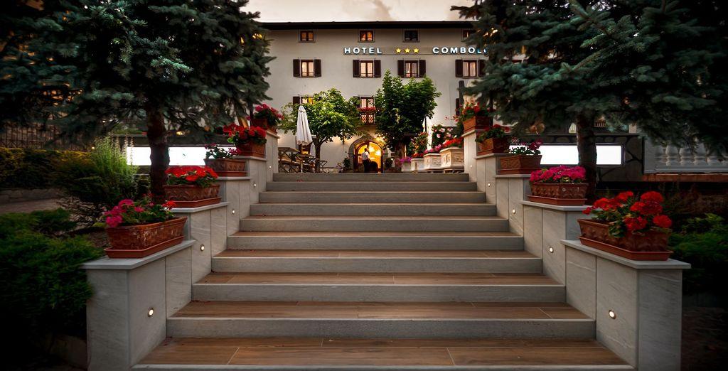 all'Hotel Combolo, una storica struttura