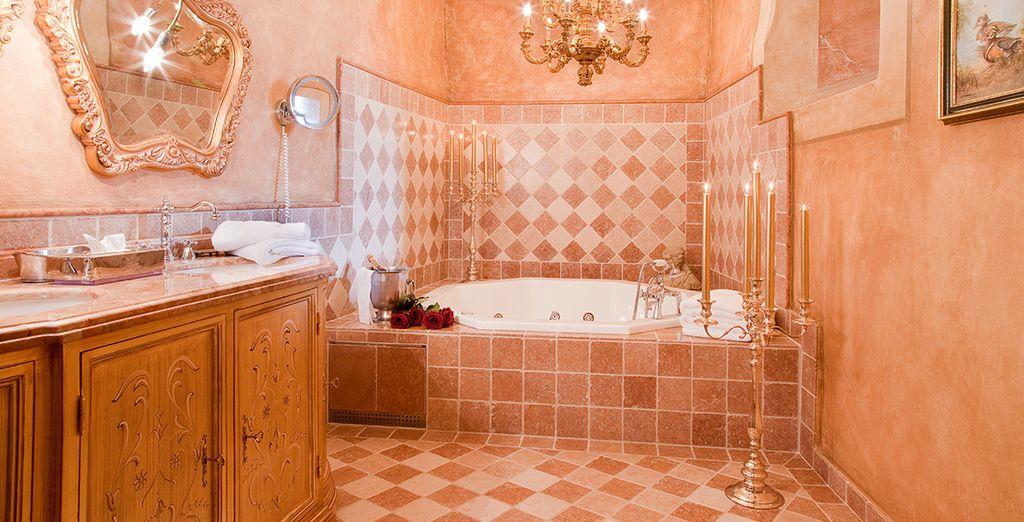 Bagni ampi e di marmo per godere del massimo del comfort