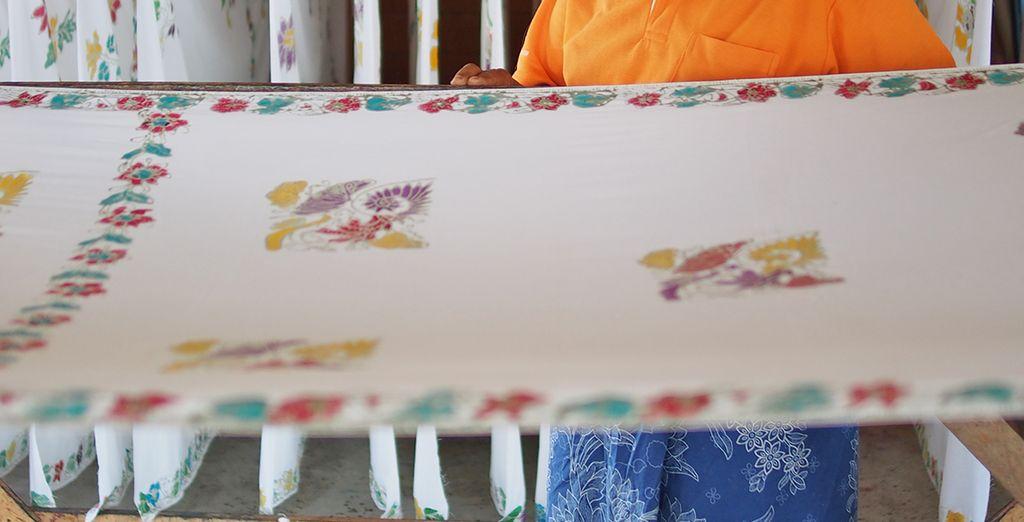 """e cimentarsi nel """"Batik Cloth painting"""" ossia la pittura delle stoffe"""