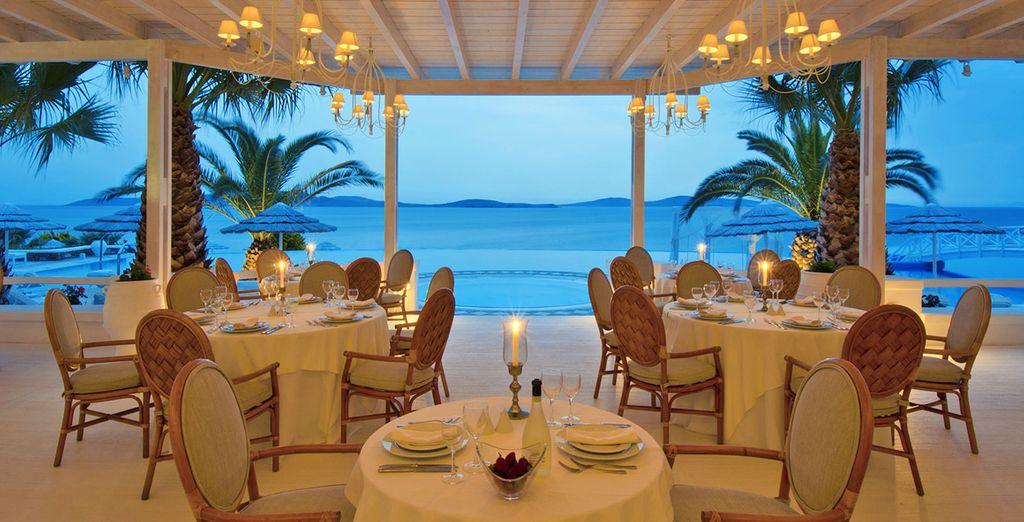 Deliziate i vostri palati con gli ottimi piatti preparati dai vari ristoranti dell'hotel