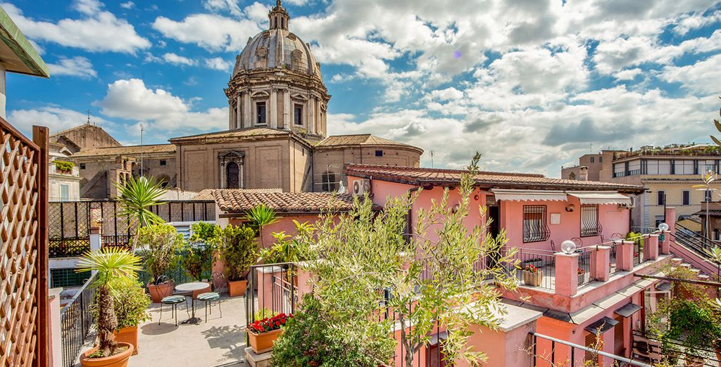 Situato nel pieno centro storico di Roma