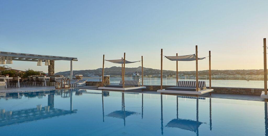 Benvenuti in un hotel di lusso affacciato sul mare