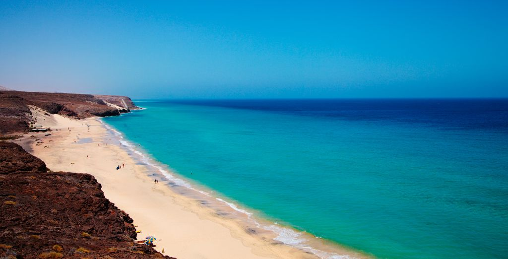 e scoprite in lungo e in largo quest'isola paradisiaca