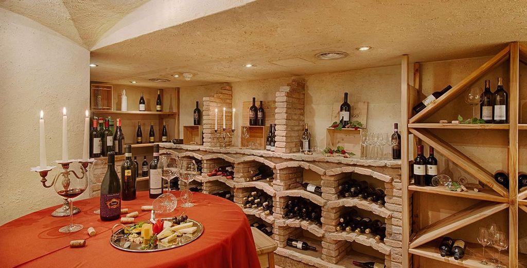 Potrete inoltre accompagnare le pietanze con gli ottimi vini della cantina