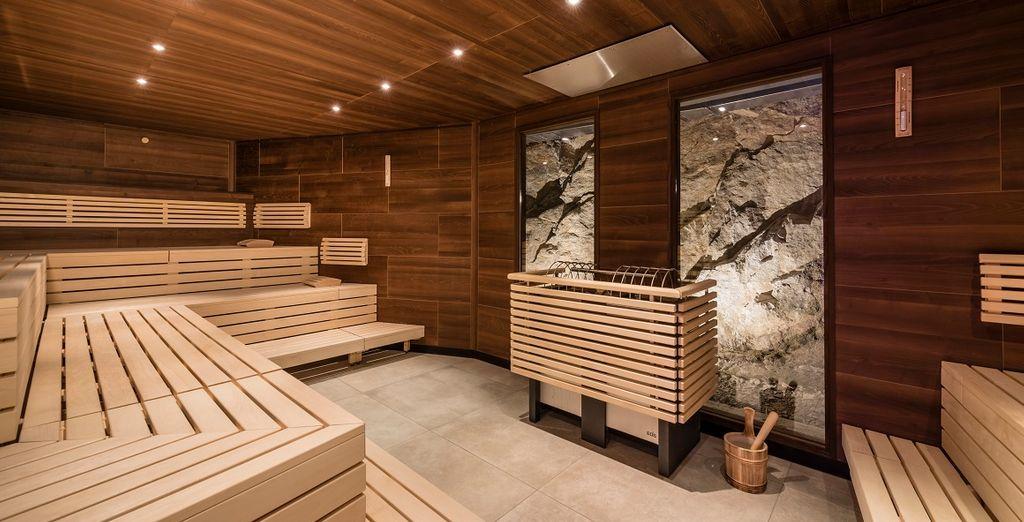A vostra disposizione varie saune e bagni di vapore, percorso Kneipp